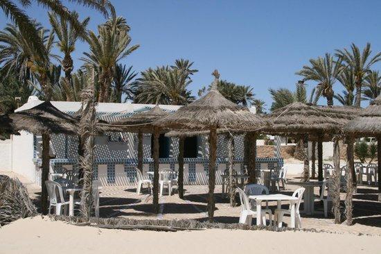 Sangho Club Zarzis : Bar de la plage