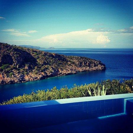 Daios Cove Luxury Resort & Villas: Vista dalla camera 617 il top