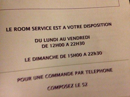 Mercure Paris La Defense Grande Arche Hotel: Hard luck on Saturday!