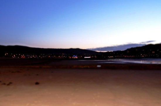 Butlins Minehead : Nightfall on Minehead beach