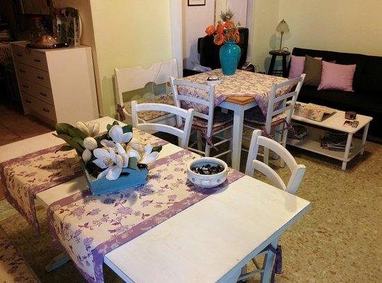 Sassari-In : particolare della sala colazione