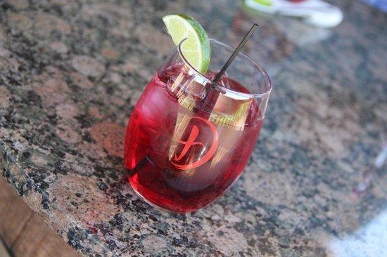 Kiepersol Estates Bed and Breakfast : Dirk's Texas Vodka & Cranberry!  OMGosh!  So delicious!