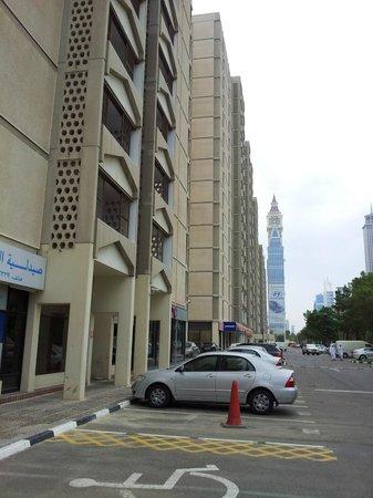 The Apartments Dubai World Trade Centre: hotel