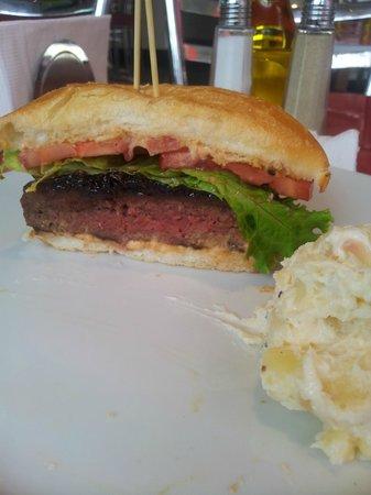 Cafe Morgana: Super lanche ! Hambúrguer mais que delicioso!