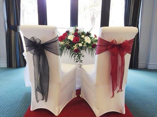 Frensham Pond Hotel : The Bride and the Grooms chair