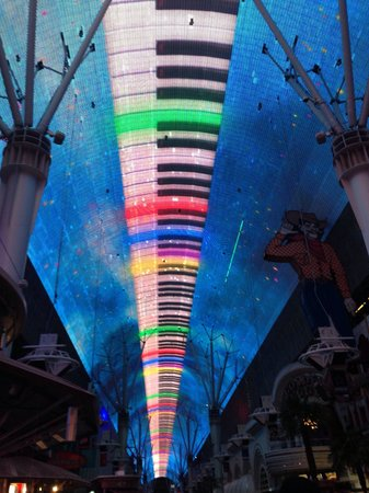 Fremont Street Experience : Awesome