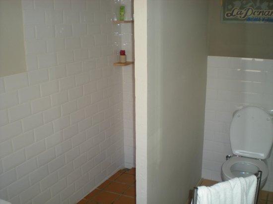 Marakasa B&b: Bathroom