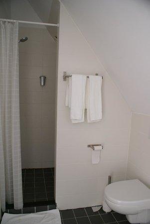 Hotel Wassenaar: salle de bains