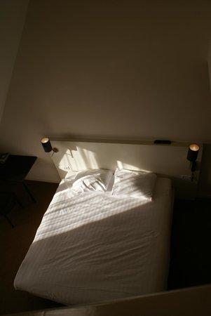 Hotel Wassenaar: chambre vue du haut de l'escalier