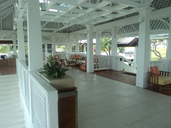 Centara Villas Samui : the lobby