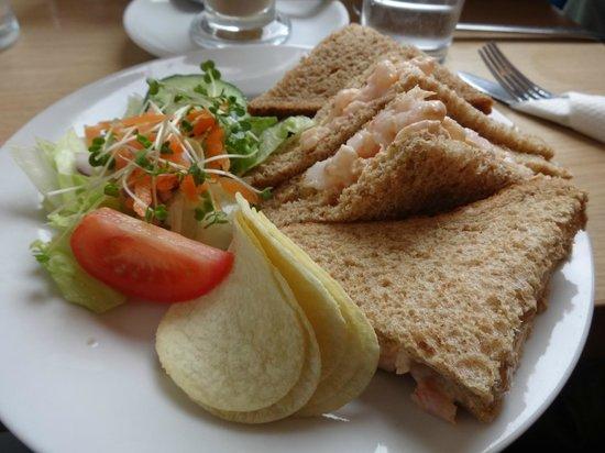Indulgence Cafe: Prawn sandwich