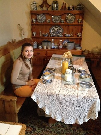 Kates Guest House: The breakfast