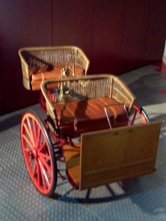 """Museo de la Historia de la Automoción: Uno de los primeros """"autos"""""""