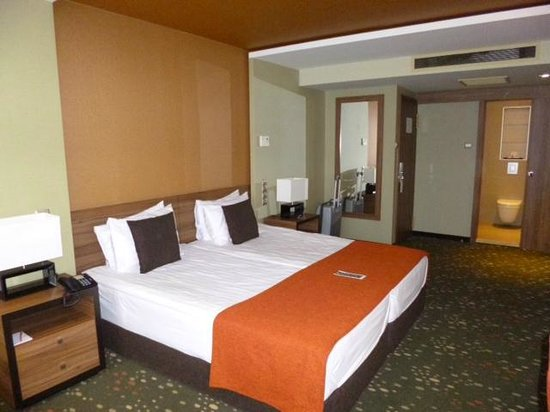 Boutique Hotel Victoria Budapest: 8th floor room (3)