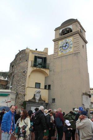 Piazza Umberto I: la torre