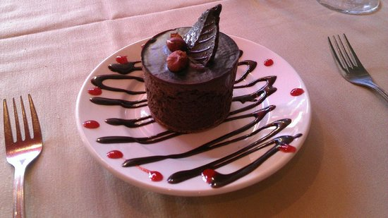 Red Raven Restaurant : Chocolate Marquise is amazing