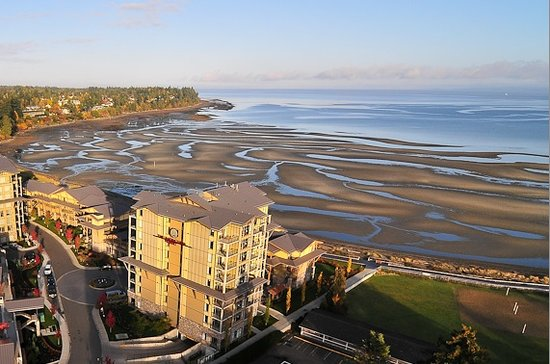 The Beach Club Resort Bellstar Hotels And Resorts Parksville Bc
