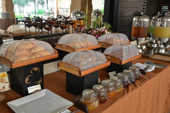 Asara Villa & Suite: Frühstück