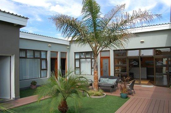 Namib Guesthouse: Entrance