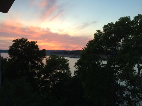 Lakeway Resort and Spa : Lakeway sunset