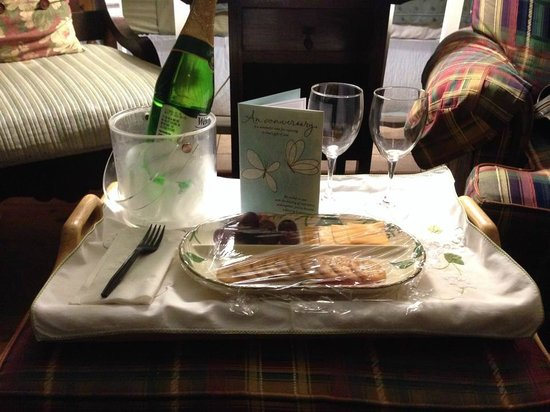 Inn at Folkston: Our surpirse anniversary tray!  THANK YOU!