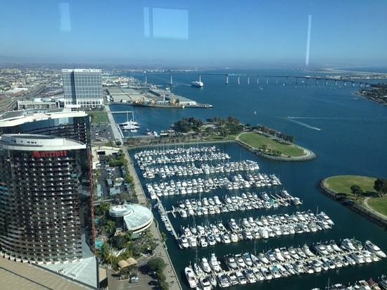 Top of the Hyatt: view from 40th floor bar