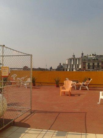 Hostel Amigo Suites: La terraza