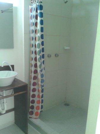 Hostel Amigo Suites : Baño