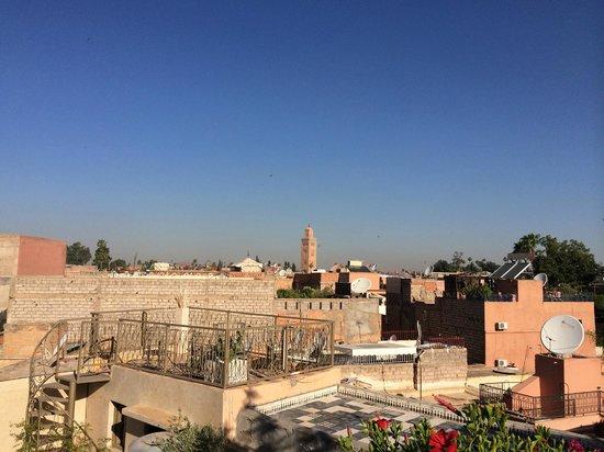 Riad Dar Khmissa: vue de la terrasse