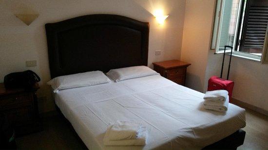 Hotel Center 1 : Pokój w Hotelu...
