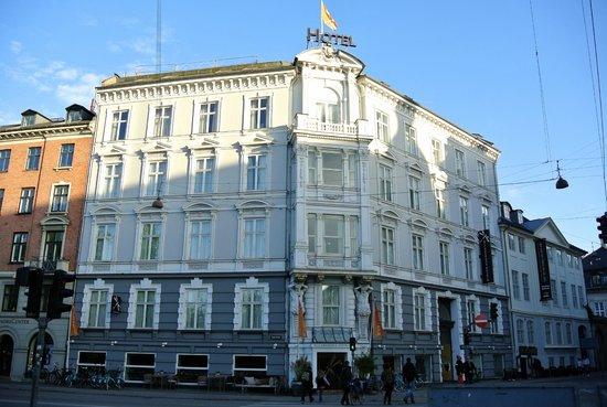 Babette Guldsmeden - Guldsmeden Hotels: The hotel from outside