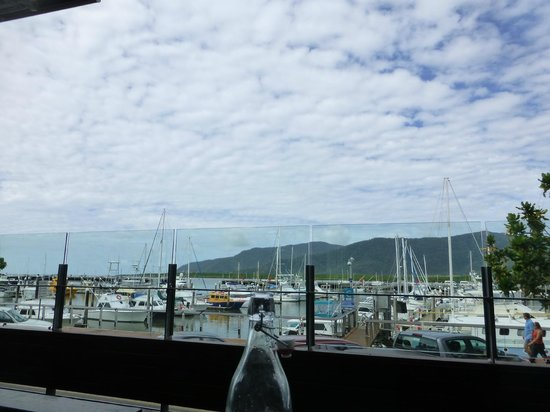 Waterbar & Grill Steakhouse: Beautiful view overlooking the marina