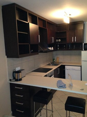 Madison Serviced Apartments : Cucina