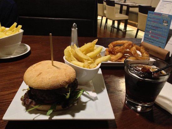 The Courthouse: Burger chips and onion rings