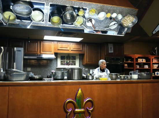 New Orleans School of Cooking: Chef Saundra