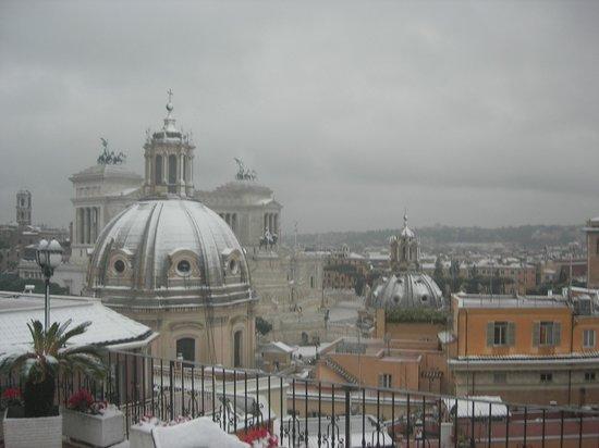 Pace Helvezia Hotel: январь 2012