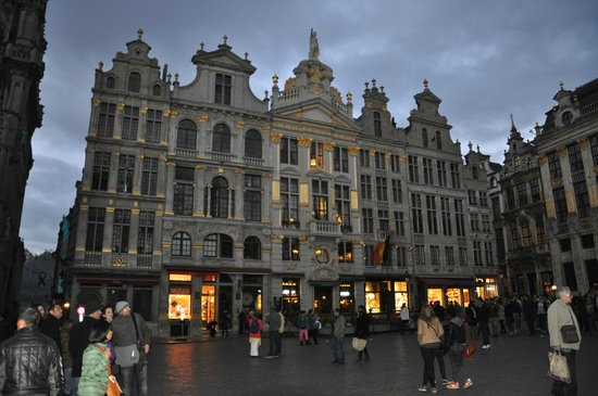 Grand Place: Beautiful Architecture
