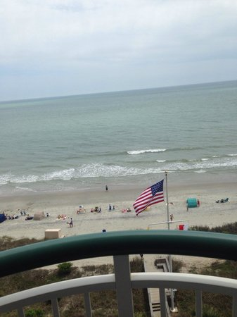 Hampton Inn & Suites Myrtle Beach/Oceanfront: View from 8th floor balcony.