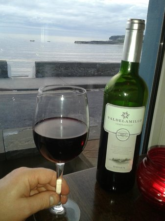 The Strand Seafood Bistro and Guesthouse : a fab wine and a fab view from the resturant