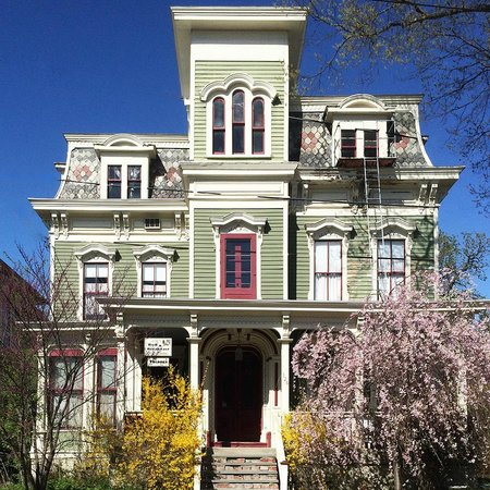 Hudson City Bed And Breakfast Reviews