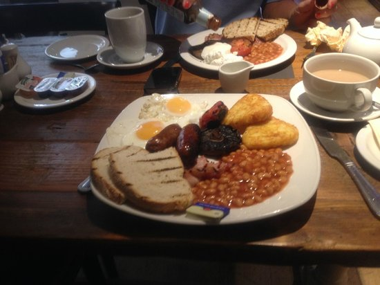 Kings Head Hotel: The hearty full english breakfast