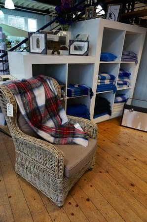 Foxford Woollen Mills Visitor Centre: wonderful selection of blankets