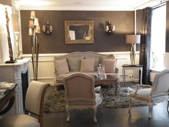 Hôtel Jardin Le Bréa : The stylish front reception room