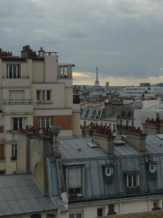 Mercure Paris Bastille Saint Antoine : View of Eiffel Tower from balcony of Privelege room