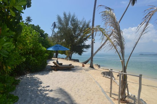The Naka Island, A Luxury Collection Resort & Spa Phuket : Beach for Beachfront Villas