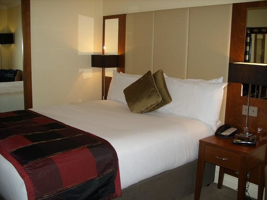Royal Marine Hotel : Our room