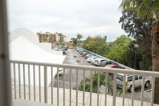 Grand Plaza Beachfront Resort Hotel & Conference Center: Room 206 - May '14