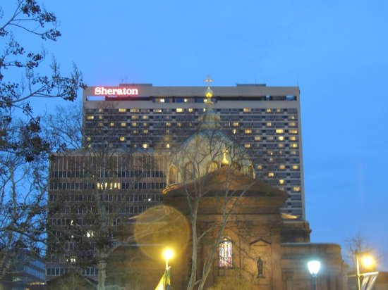 Sheraton Philadelphia Downtown Hotel: Vista del Hotel