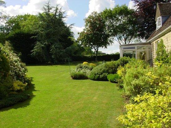 Aston House: Garden
