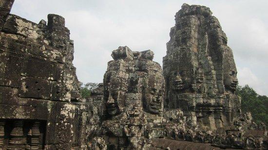Karavansara Retreat & Residences: temple